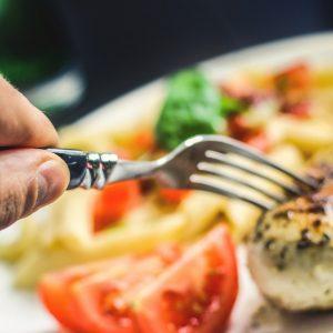 Диетолог издаде тайната: Как да се храним без да пълнеем?