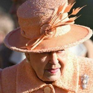 Извънредно обръщение се очаква от кралица Елизабет Втора