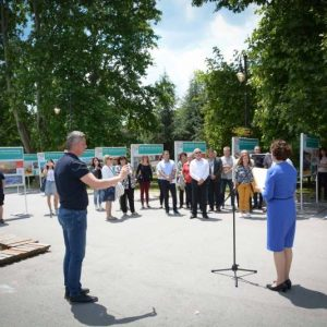 """Откриха изложбата """"Варна – 100 години курортен град"""" (ВИДЕО)"""