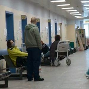 Увеличават се приетите в болница с коронавирус у нас. Вижте колко са новите заразени