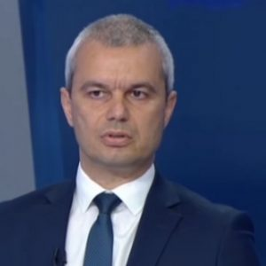 Д-р Костадинов за субсидията от 1 лев: Подобен ход би смалил политическата система до рамките на няколко партии