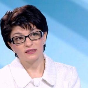 Десислава Атанасова за ситуацията в ГЕРБ. Застрашена ли е партията