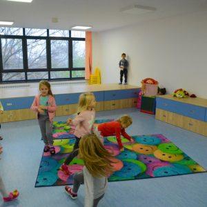 Днес отваря системата за електронен прием в детските градини във Варна. Подробности около сроковете