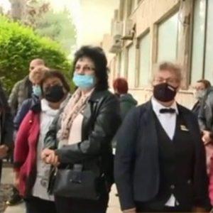 """Имунизират персонала в """"Албена"""" срещу Covid-19"""