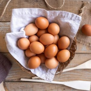 Как да опазим яйцата, докато ги варим за Великден?