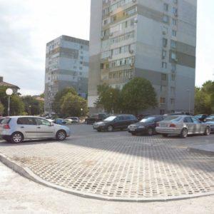 Кметът Портних пусна снимки от нов паркинг