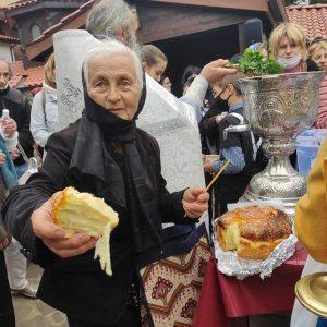 Отбелязаха празника на Св .св. Константин и Елена в едноименния курорт край Варна (СНИМКИ/ВИДЕО)