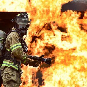 Пожар е пламнал в комплекс, свързван с Ахмед Доган