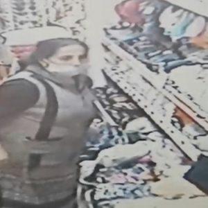 След неуспешна кражба в магазин в Бургас: Жена откадна стока, съблече се, за да я върне (ВИДЕО)