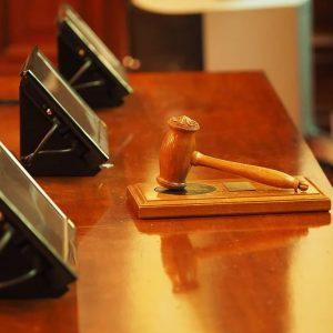 Съдят мъж и жена за укриване на данъци над 1,4 млн. лева във Варна